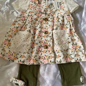 Baby girl top and Capri legging set